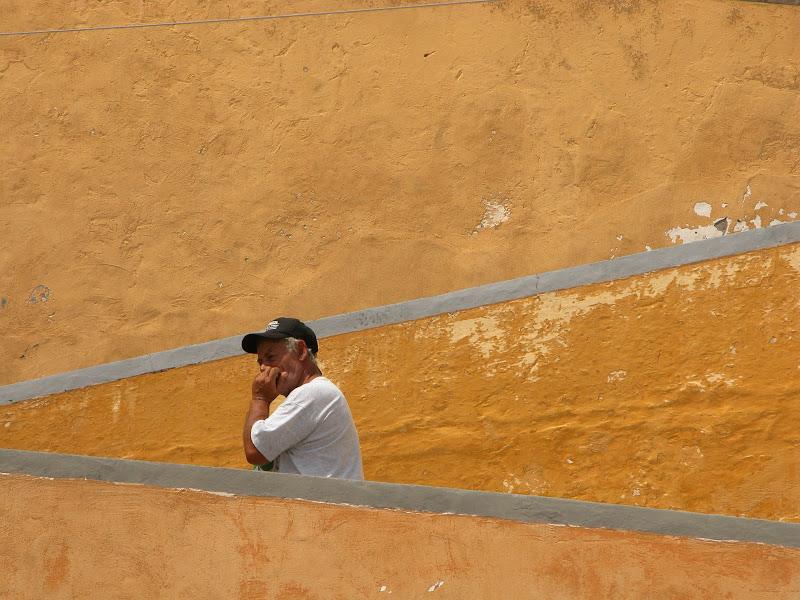 Il pescatore sulle scale sotto il sole di effemarini