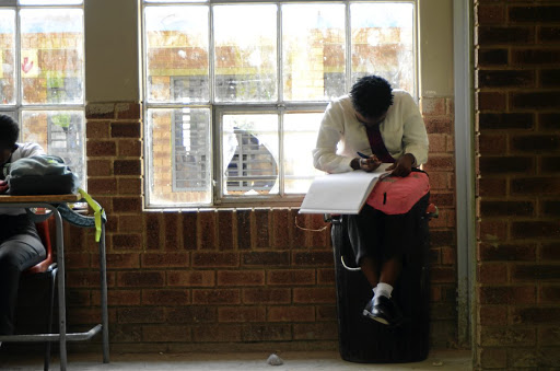 Rephafogile Secondary School in Mamelodi, east of Pretoria, kicked off the new academic year with a serious shortage of tables and chairs for pupils.