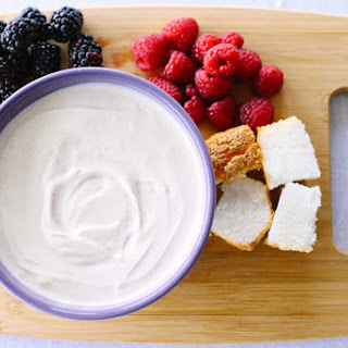 Brown Sugar-Sour Cream Dip