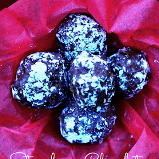 12 Days of Valentine's Desserts – Strawberry Chocolate Champagne Truffles.