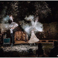 Wedding photographer Antonio Antoniozzi (antonioantonioz). Photo of 11.08.2018