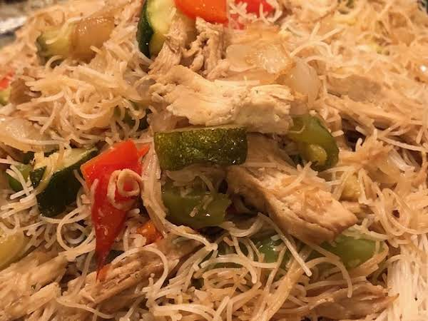 Thai Style Rice Noodles With  Chicken And Veggies Recipe