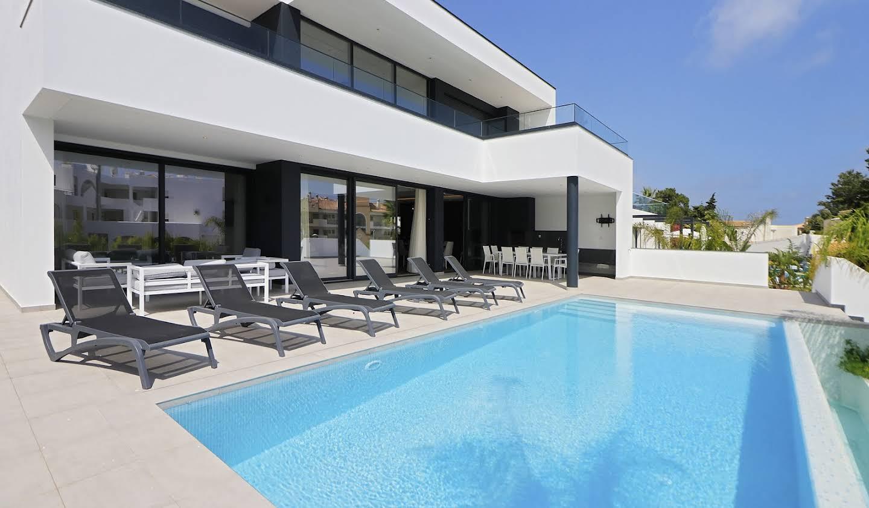 Villa avec piscine en bord de mer Albufeira