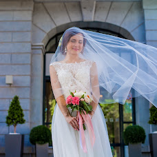 Wedding photographer Elena Shaptala (ElenaShaptala). Photo of 19.01.2017