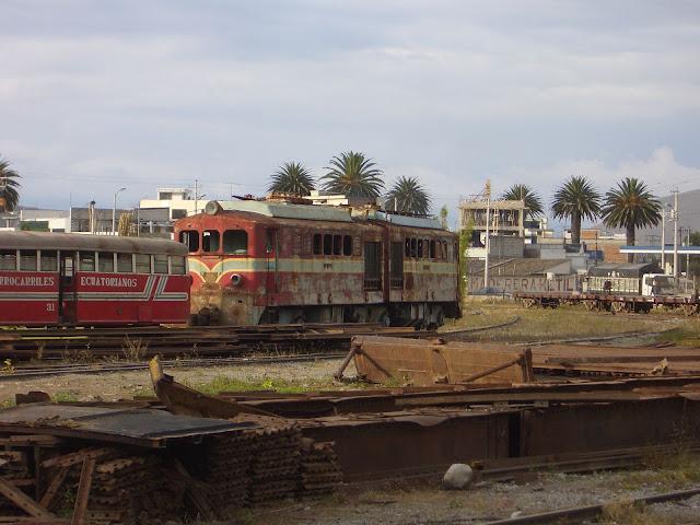 Blick über Eisenbahnfriedhof von Ibarra