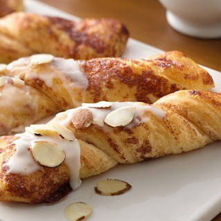 Almond-Cinnamon Sticks