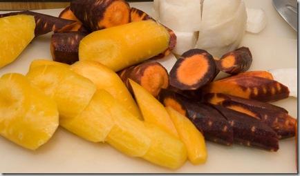 Tjusiga färgglada morötter