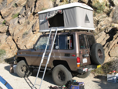 Toyota Land Cruiser BJ70 in Anza Borrego