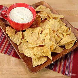 Restaurant Style White Queso Dip
