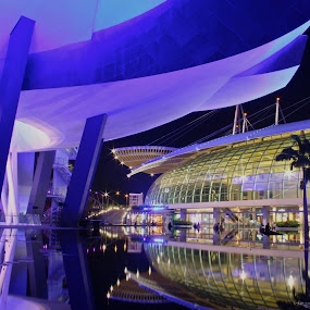 Marina Bay Sands by Alex Chia - Novices Only Landscapes ( lights, reflection, marina bay sands, long exposure, night, singapore )