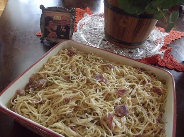 Spaghetti With Peas And Bacon Recipe
