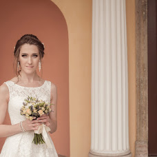 Wedding photographer Anna Khassainet (AnnaPh). Photo of 21.12.2017