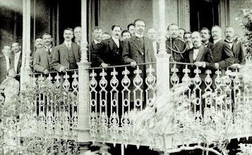 Photo: O Presidente Nilo Peçanha na varanda do Palácio Rio Negro