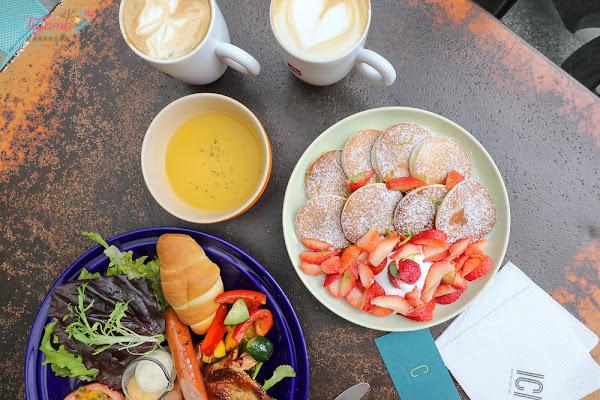 台南老屋咖啡|ici cafe:早午餐&草莓鬆餅,文青咖啡廳