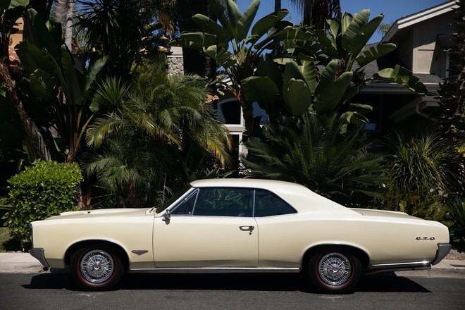 1966 Pontiac GTO Yellow Hire CA