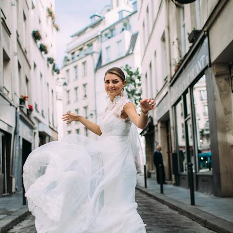 Wedding photographer Rinat Yamaev (izhairguns). Photo of 02.09.2015