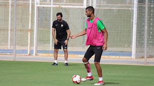 Joaquín Fernández en el entrenamiento en Pinatar.