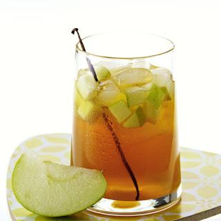 Vanilla and Apple Iced Tea