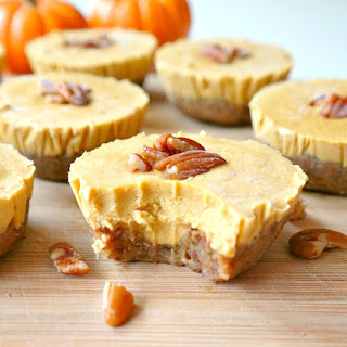 Mini Vegan Pumpkin Pie Cheesecakes