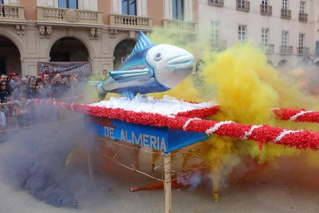 El Entierro de la Sardina concluyó en la Plaza Vieja.