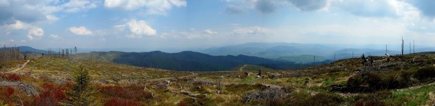 Photo: I już na Baraniej Górze, gdzie jak zwykle piękne widoki, aczkolwiek dzisiaj wszystko lekko zamglone.