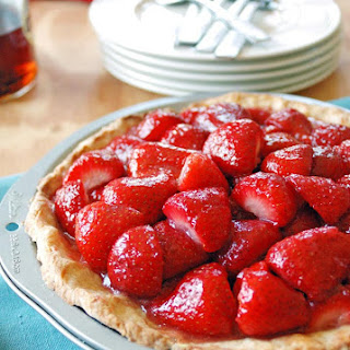 Strawberry Amaretto Pie