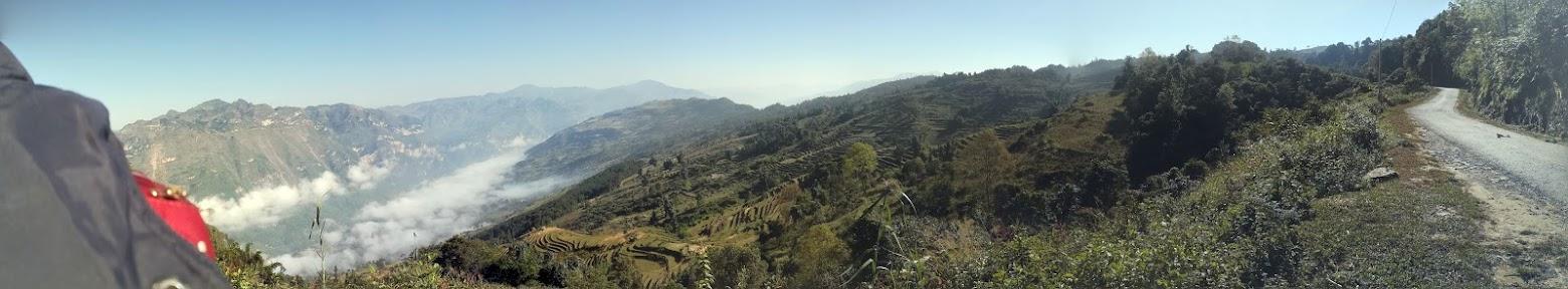 Panorama over åser med risterrasser.
