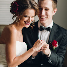 Wedding photographer Irina Nikiforova (DeCadence). Photo of 30.11.2017