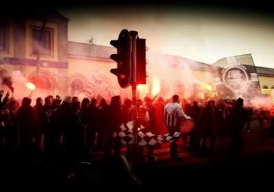 RMP - Charleroi : le cortège carolo dans les rues de Mouscron (PHOTOS)