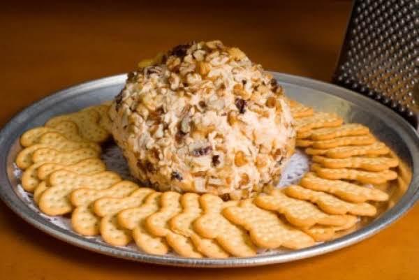 Ellen's Tangy Cheese Ball