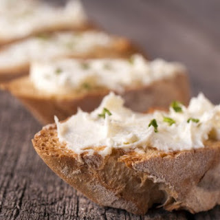 Quick Cream Cheese Chive Dip.