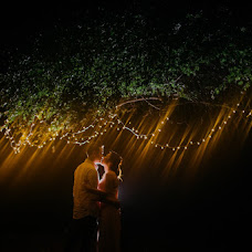 Wedding photographer Putu Yustiantara (putuyustiantara). Photo of 11.04.2017