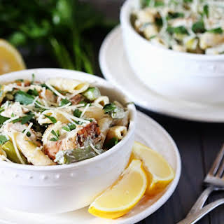 Lemon Rosemary Pasta with Chicken, Asparagus & Spinach.