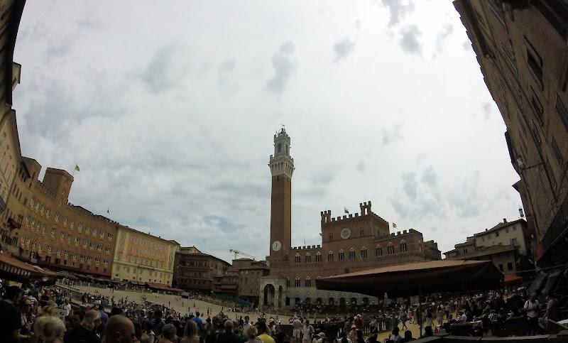 Piazza del Campo Siena di IBPhotos
