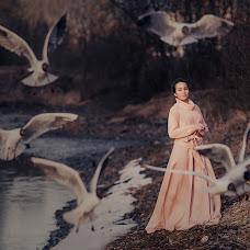 Wedding photographer Lena Suetina (yaratam). Photo of 15.04.2015