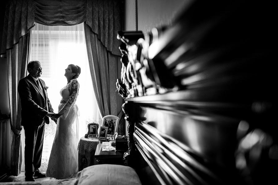 Wedding photographer Leonardo Scarriglia (leonardoscarrig). Photo of 23.04.2019