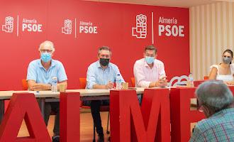 En imágenes la visita de Juan Espadas a Almería