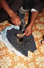 Photo: 03363 ケシクテン/干し肉料理/ボルツ/冬に牛を殺し、太いひも状にして肉を乾燥させ、春にもう一度細く切って乾燥させる。冷水に浸してふやしてから細く切って料理に用いる。