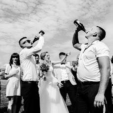 Wedding photographer Olya Khmil (khmilolya). Photo of 07.08.2017