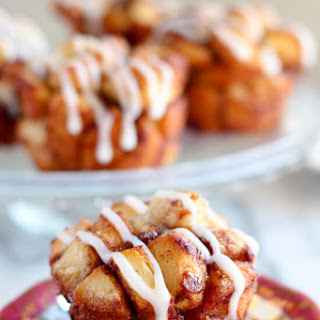 Cinnamon Roll Monkey Bread Muffins