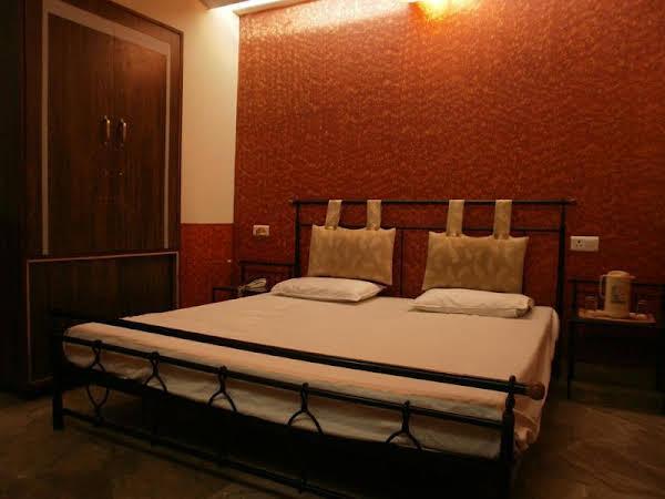 Hotel Sheel Gopal Vision