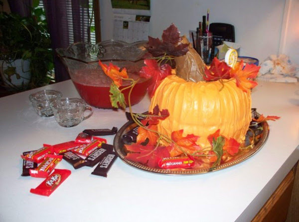 Halloween Or Thanksgiving Decorated Cake Recipe