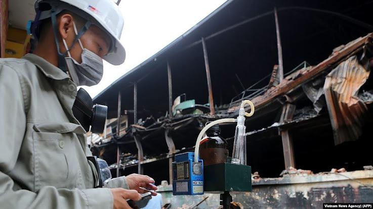 Lo ngại về nhiễm độc thủy ngân sau vụ cháy nhà máy Rạng Đông