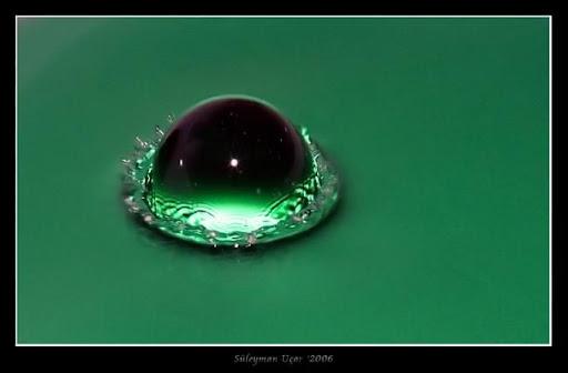 عکس ماکرو از قطره آب