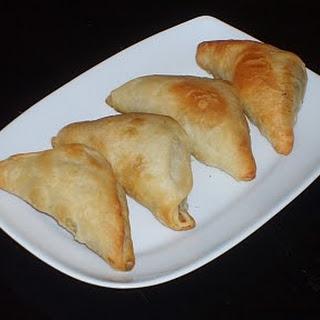 Greek Spinach Pies (Spanakopitakia) With Pine Nuts (Koukounares)