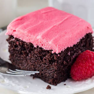 How to Make Fudgy Chocolate Cake with Raspberry Frosting Dessert.