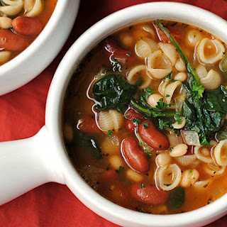Olive Garden Inspired Minestrone Soup.
