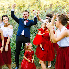 Wedding photographer Sergiu Cotruta (SerKo). Photo of 19.04.2018