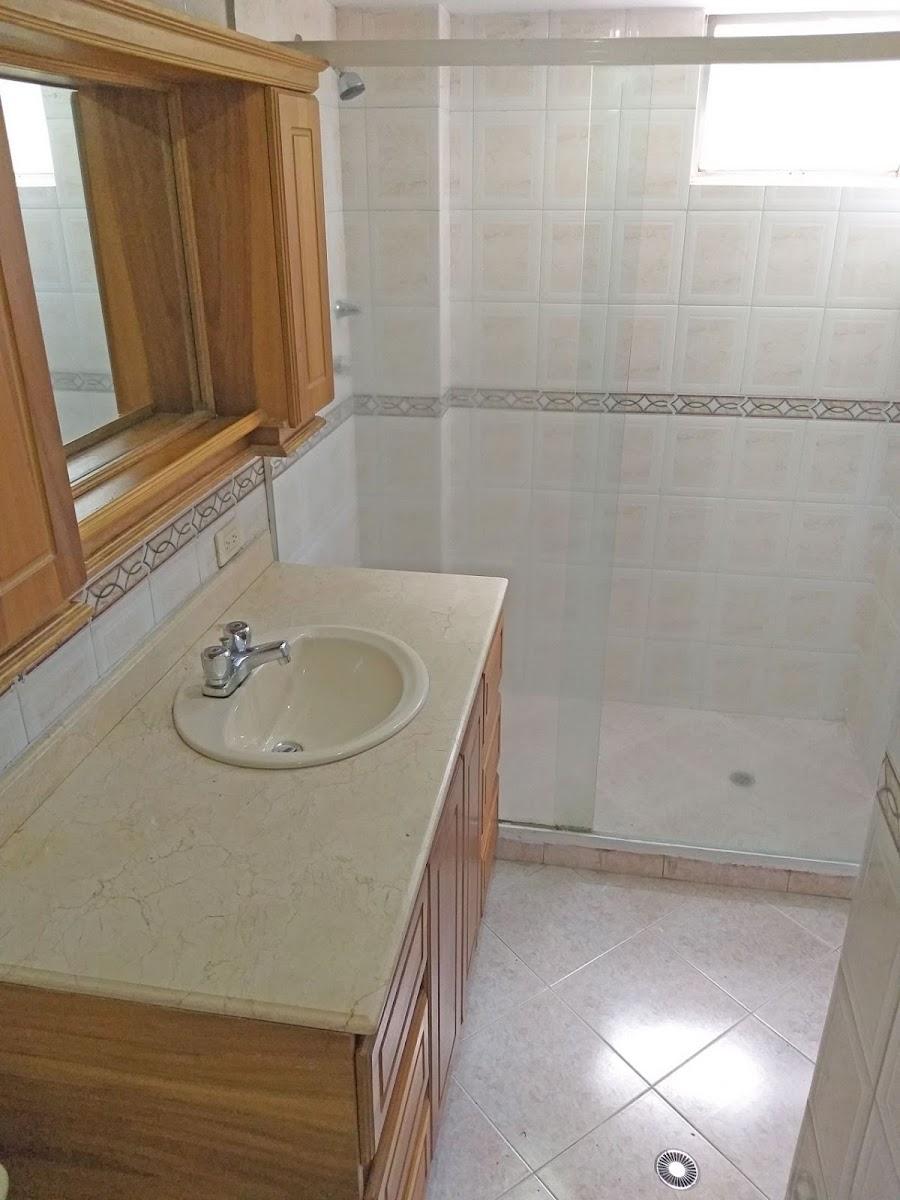 apartamento en arriendo castropol 679-21225