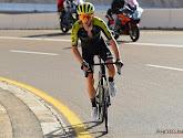 Adam Yates solo in de laatste anderhalve kilometer